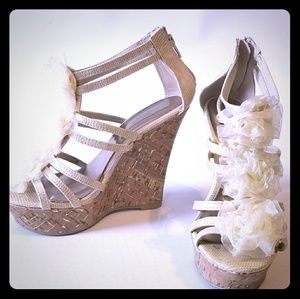 Qupid wedge shoes